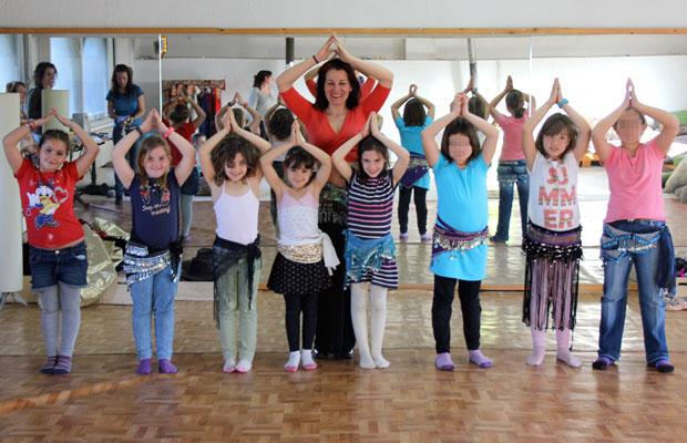 clase-danza-vientre-fiesta-aniversario-infantil-13a