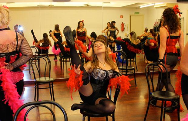 curso-clases-burlesque-barcelona-bailongu-6