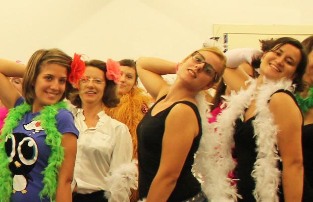 clase-de-prueba-burlesque-barcelona-bailongu-4