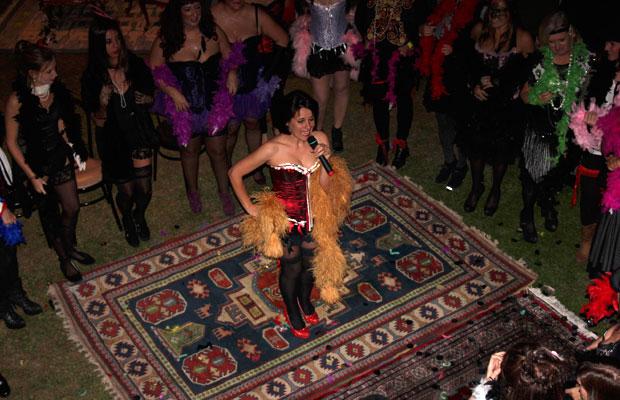 Actuacion-Burlesque-Fiesta-Privada-5