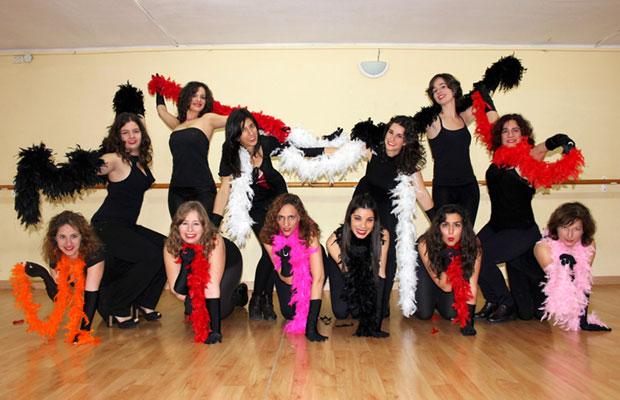 Clase-Burlesque-Noies-Falcons-de-Barcelona