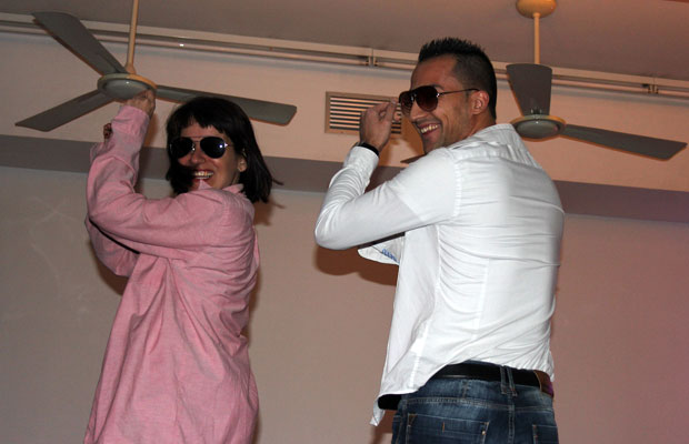 clase-particular-a-hombre-para-bailar-striptease-a-su-pareja-4
