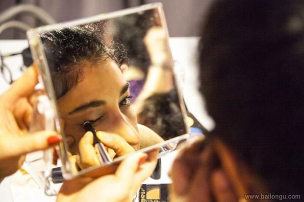taller-maquillaje-pin-up-en-marato-burlesque-barcelona-17