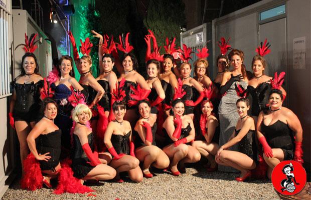 Actuacion-Vedettes-Plaza-Catedral-Barcelona-8