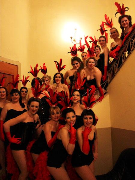 Vedettes-Burlesque-Actuacion-8