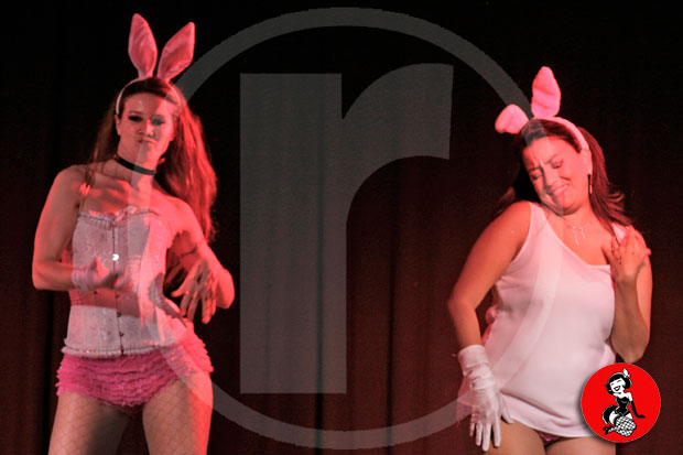 Actuacion-burlesque-barcelona-marina-salvador-conejitas-sexis-4