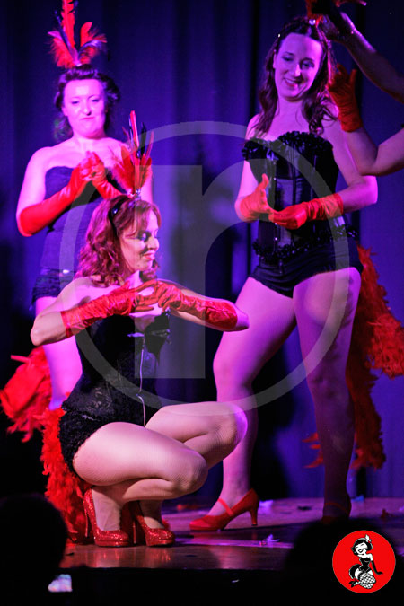 Actuacion-burlesque-barcelona-marina-salvador-vedettes-6