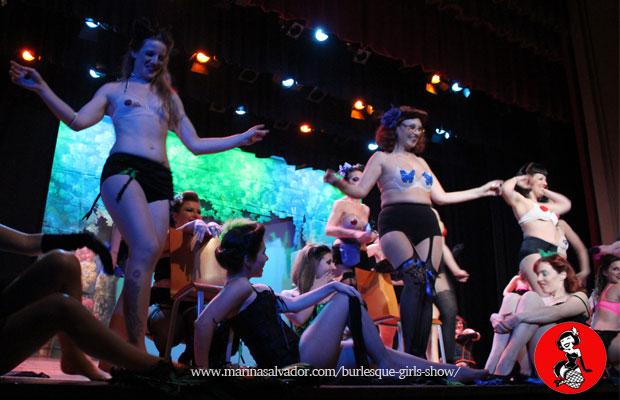 Actuacion-Burlesque-Girl-3