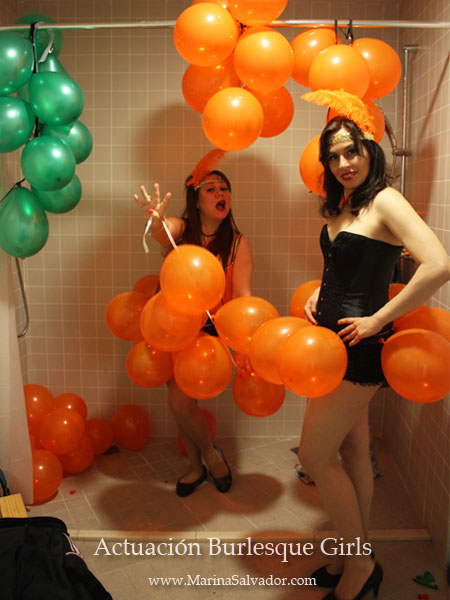 Actuacion-Burlesque-Girls-Fira-Modernista-Terrassa-2015-2