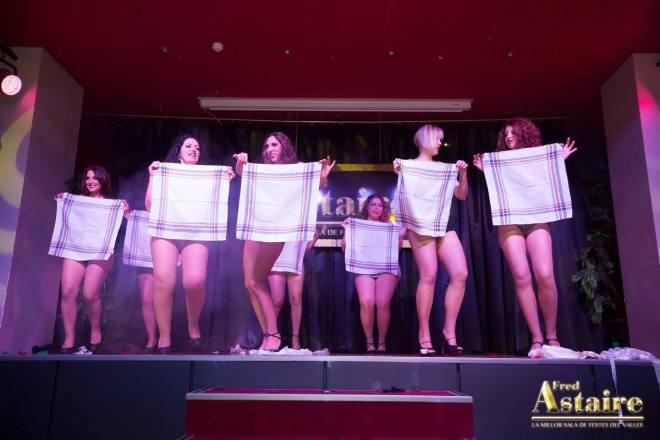 Show-Burlesque-Actuacion-Marina-Salvador-3