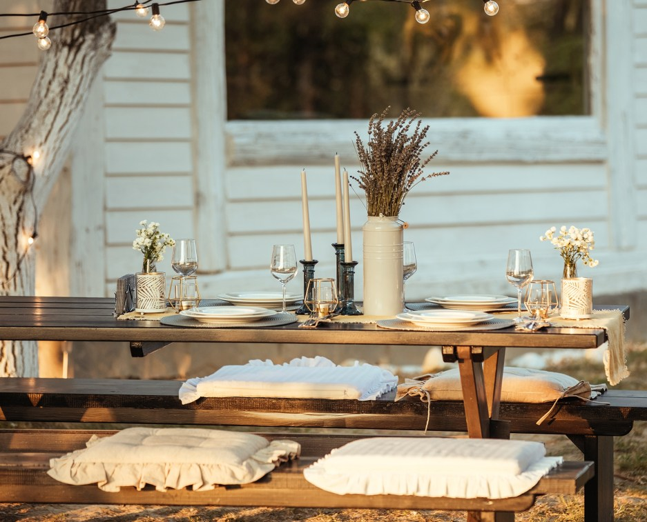 24 outdoor entertaining tips thatrsquoll save you tons of