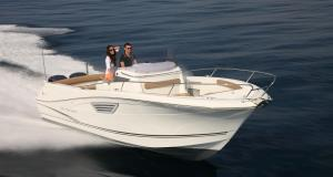 New test boat - Cap Camarat 8.5 CC