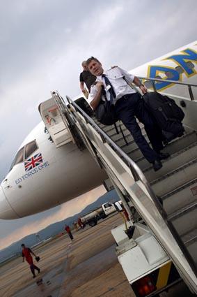 Ed Force One, l'avion d'Iron Maiden piloté par Bruce Dickinson