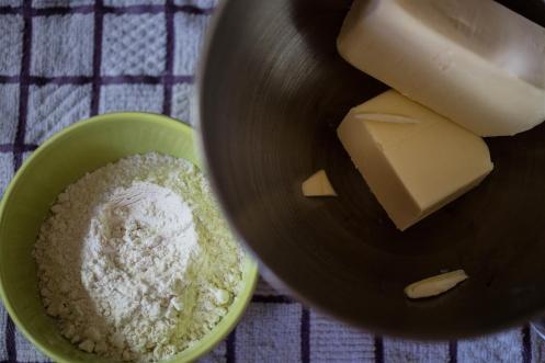 ingrédients pour le mélange beurre-farine