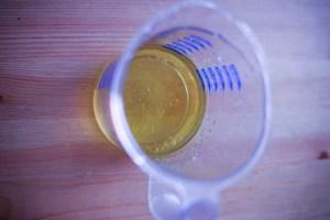 mesurer la quantité d'huile d'olive