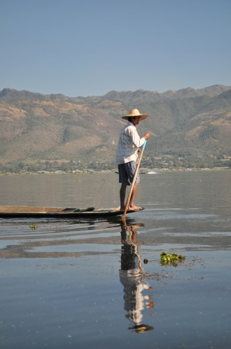 Lac Inle pecheur 3
