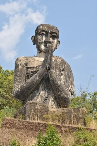 Mawlamyine moine Bouddha geant 1