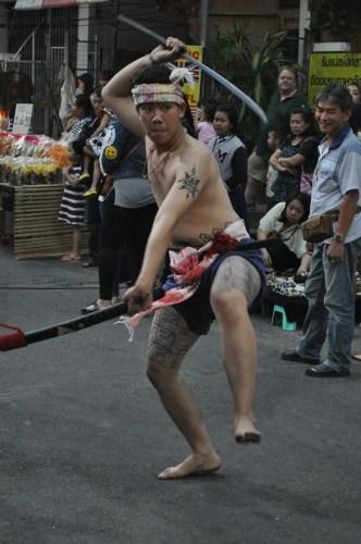 Lampang défilé armes anciennes 1