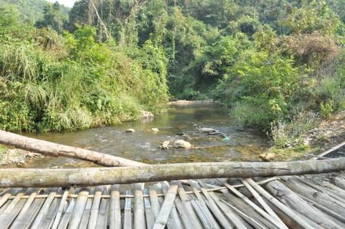 Pont trek Muang Ngoi