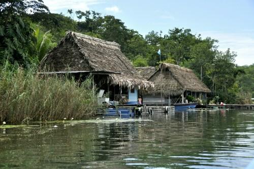 Maisons Rio Dulce 2