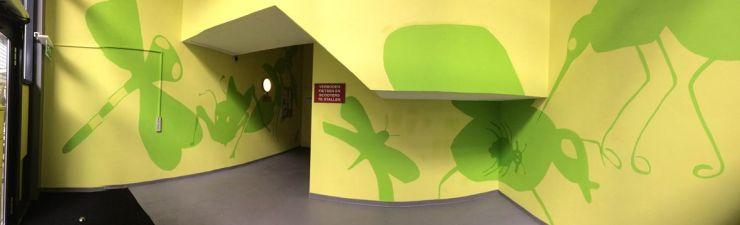Panorama zicht op de muur/ Wade belvedère, Stadshagen. Opdraacht verstrekt door Woningbouw vereniging Delta Wonen, Zwolle. In samenwerking met Cultuurhuis Stadshagen, Kinderen uit Stadshagen en Stagiaires Winny en Ellen.