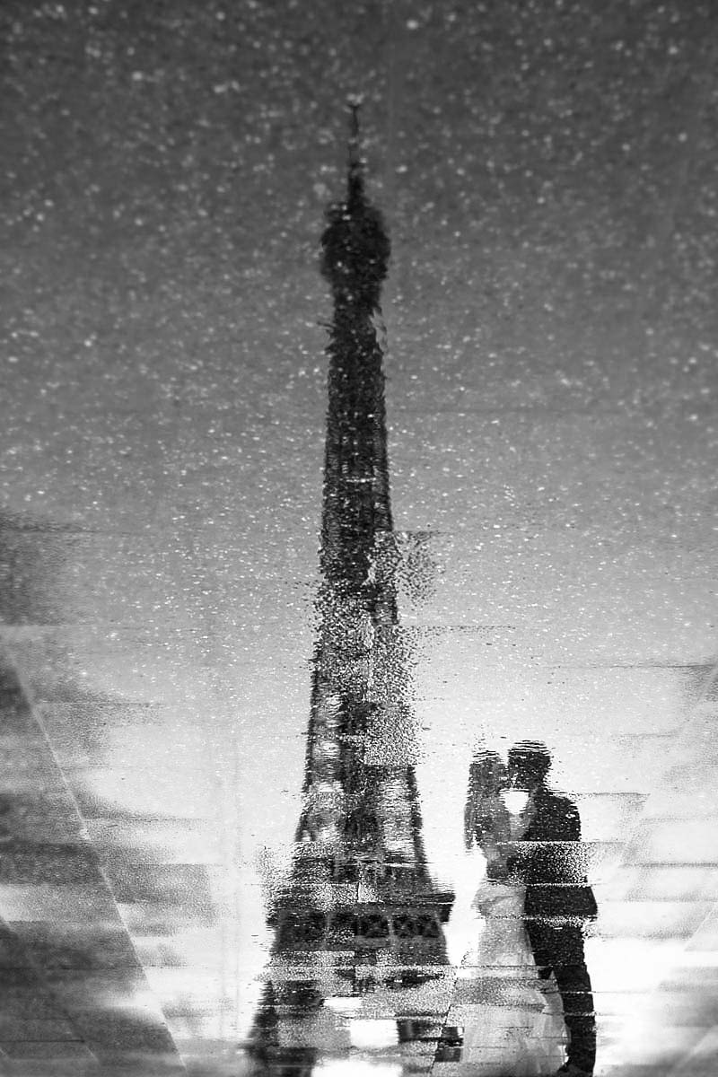 Eiffel tower, reflection, wedding couple