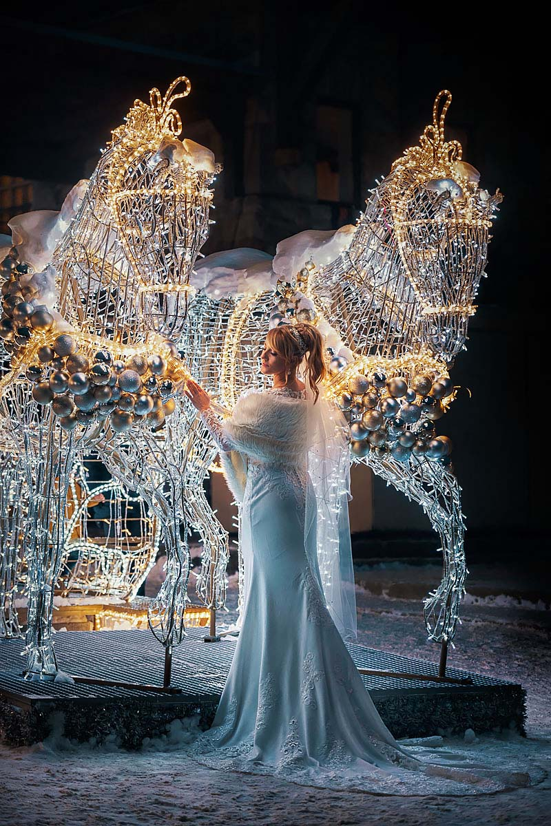 pre wedding session in Zakopane, Gubalowka mountaint illuminations lights