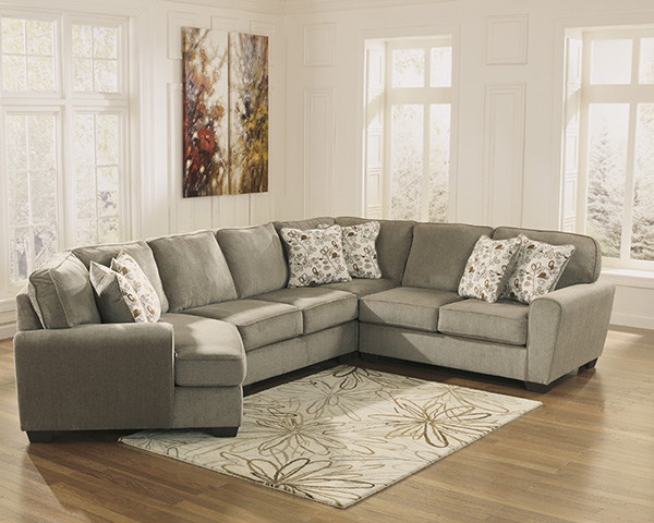 Patola Park Patina Sectional Sofa With Cuddler Seat