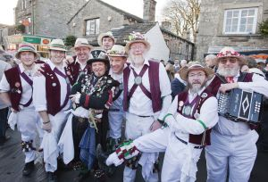 grassington_dancers_december_11_2010_image_2_sm.jpg