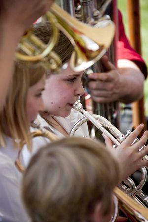 trumpeters_sm.jpg