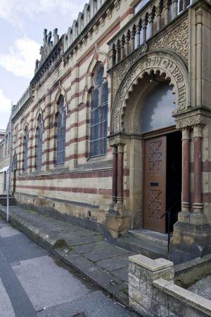 jewish_synagogue_heritage_day_september_12_2010_exterior_sm.jpg