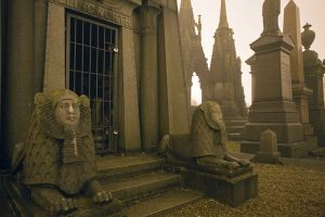 undercliffe_cemetery_bradford_december_29_2010_image_4_sm.jpg