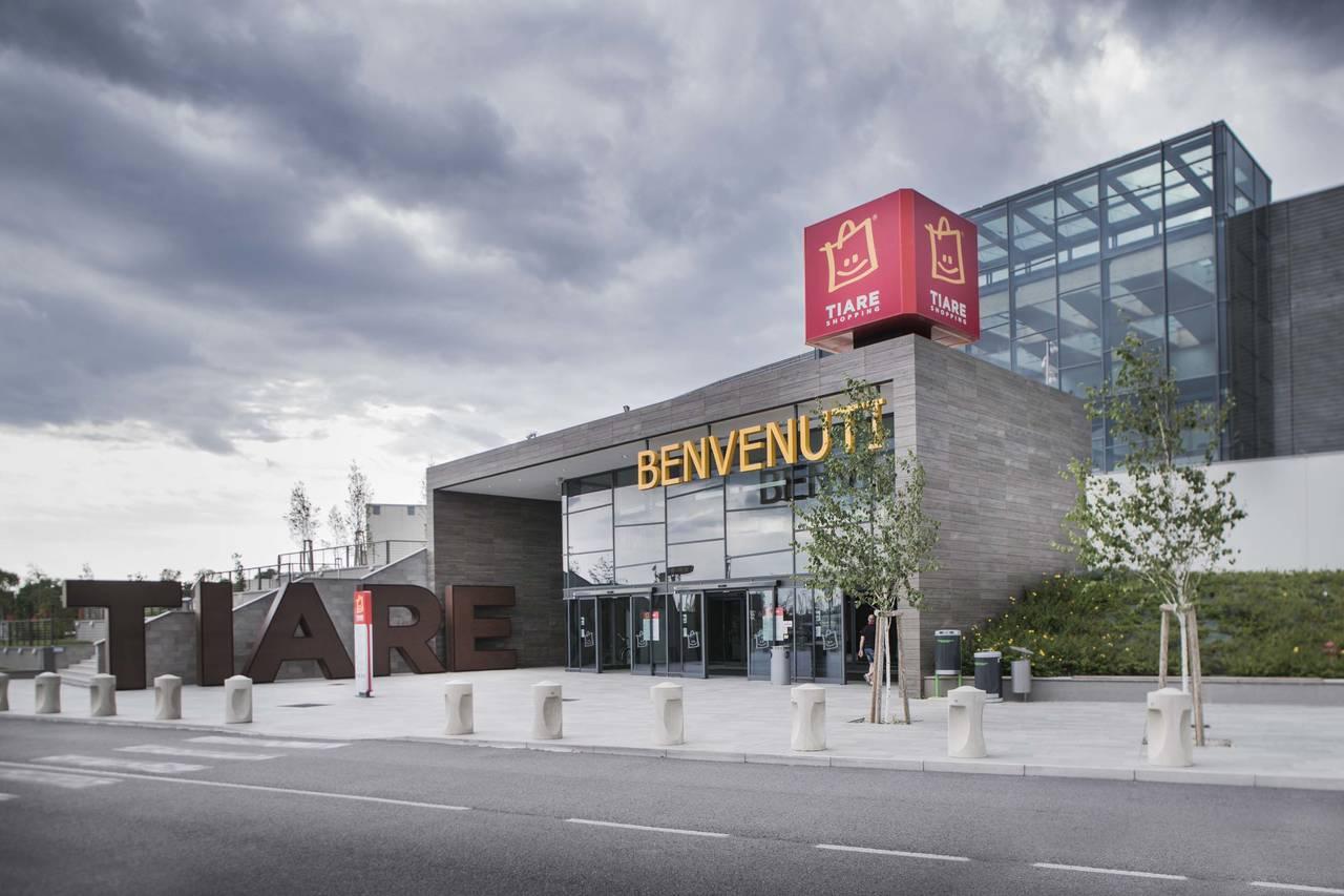 Tiare Shopping Ikea Si Veste Di Nuovo Mark Up