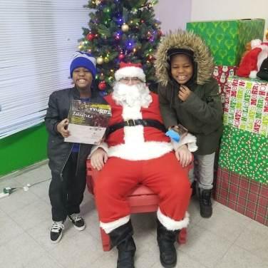 santa and kids 2
