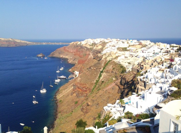 I thought we needed one more picture of Oia, the water, the cliffs, the boats, the beauty