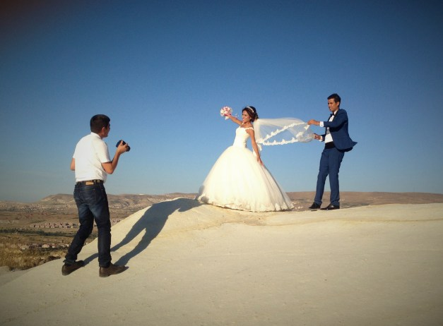 Great country for wedding pictures!
