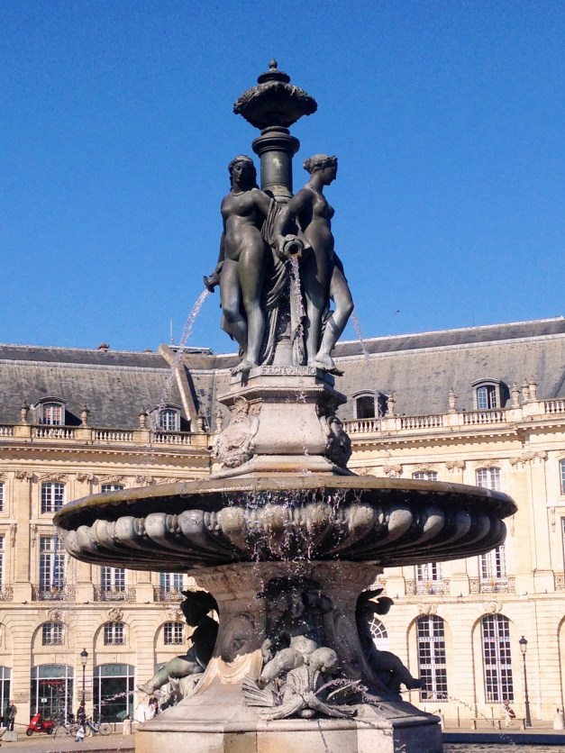 A statue outside the Bourse, Bordeaux's stock market. Note the blue sky; we loved Paris, but we love blue skies, too.