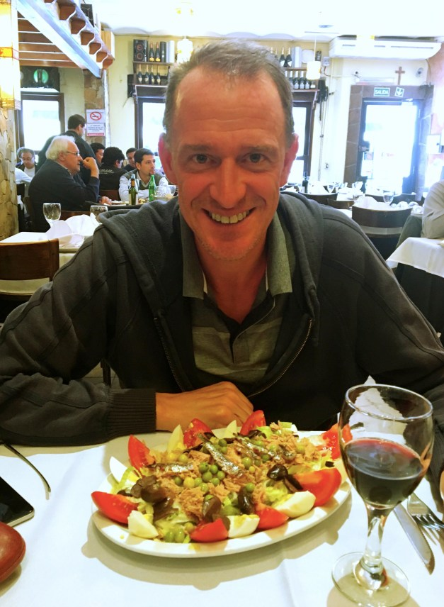 Mark and a great salad Niçoise