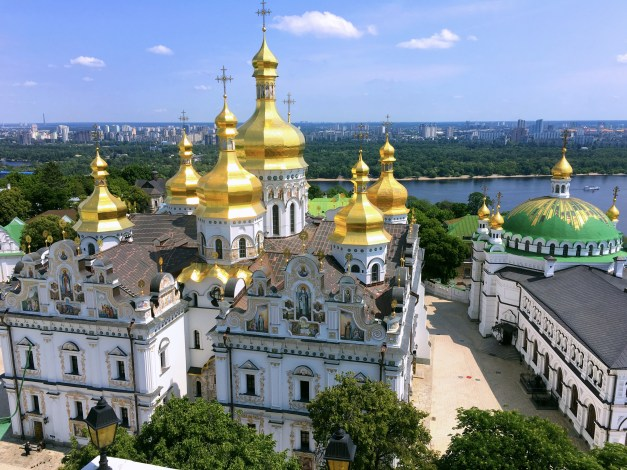 The churches of Kiev were a true highlight. This is Kyevo-Pecherska Lavra, a feast for the eyes and among the devout considered the holiest spot in all of Russia, Ukraine, and Belarus.