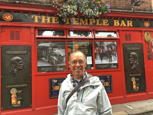 Back in Cambridge, one of our longtime restaurant standards was Temple Bar, maybe a half mile from our condo. Here I am at the REAL Temple Bar!