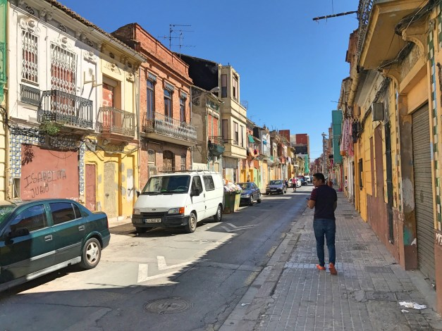 Lest you think the city is perfect, though, here's a random street I passed on my walk to the beach. Felt more like I was in Mexico or Peru than Europe.