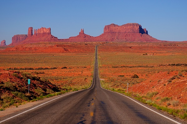 Monument-Valley-Road-Trip