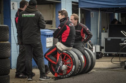 team Chat in the Pits Thruxton