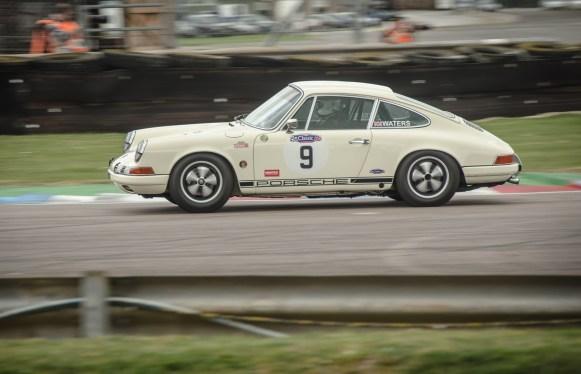 Porsche Carrera in the Chicane at Thruxton