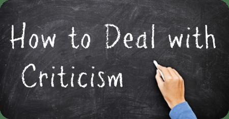 Berurusan dengan kritik