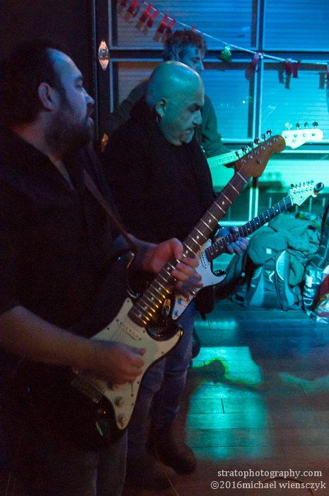 mike sedgewick guitar, frank cosentino guitar