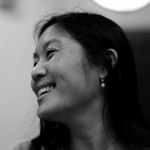 """""""Lo importante en Facebook ya no es hacer nuevos amigos, sino compartir más cosas con los que ya tienes"""", L. Cheng"""