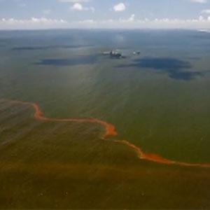 Shell levanta la veda y ataca a BP en un anuncio