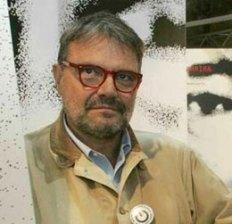 "O. Toscani, el fotógrafo de Benetton, un ""maníaco sexual"""
