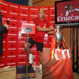 Cruzcampo regalará a la selección española su peso en cerveza